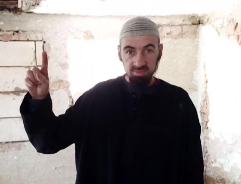 Un bărbat de 39 de ani din România a fost reținut sub suspiciunea de legături cu gruparea teroristă Stat Islamic (Foto: digi24.ro)
