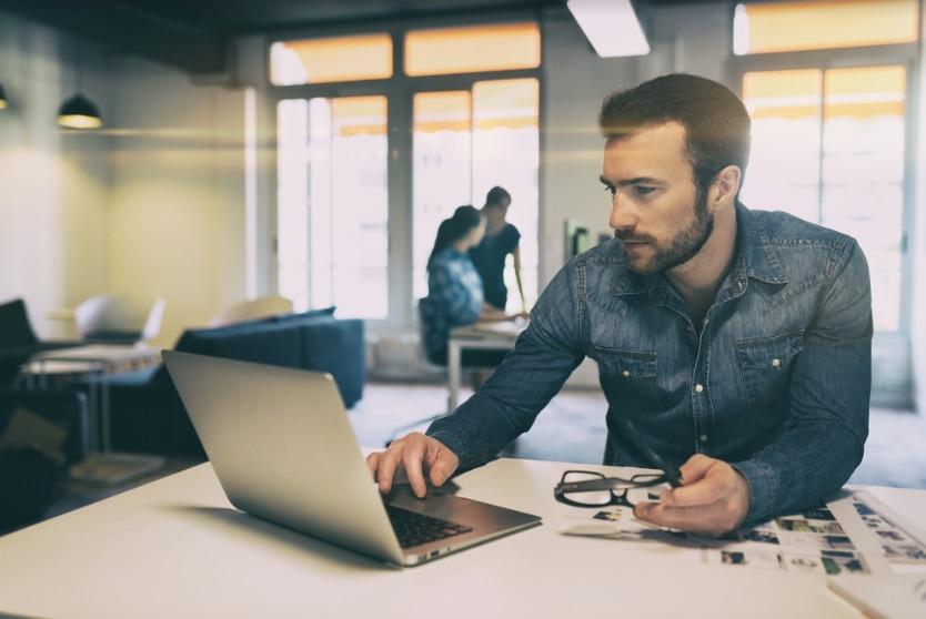 Start-up-urile au resurse limitate, așa că au mare nevoie de soluții pentru a rezolva rapid chestiunile administrative și birocratice. Foto: Shutterstock