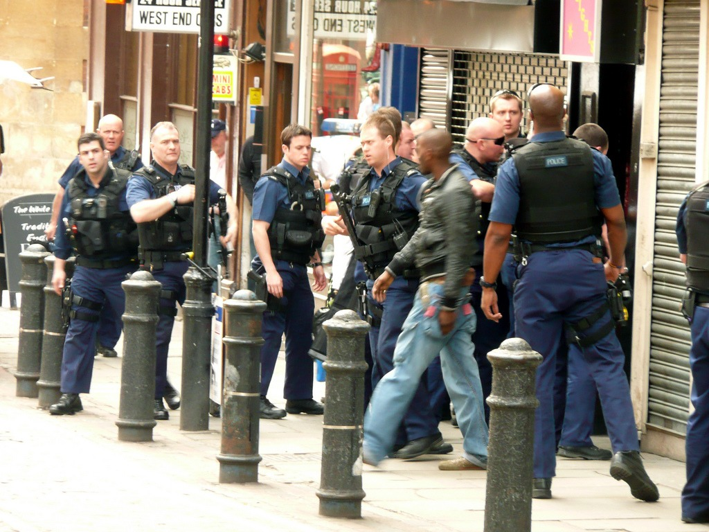 Poliția britanică este în alertă după atentatele de la Londra (Foto: Gideon / Flickr)