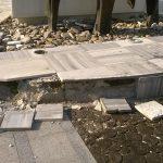 monument piața revoluției deteriorat