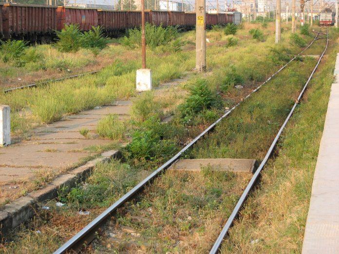 Starea căilor ferate din România este precară. Foto: exclusivNews.ro