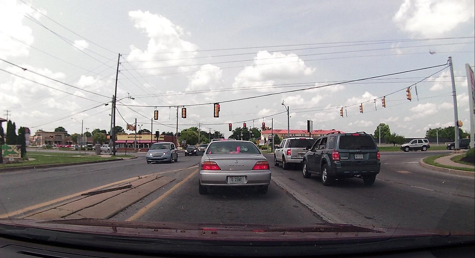 O cameră auto este foarte utilă în trafic. Foto: Flickr / Eli Christman
