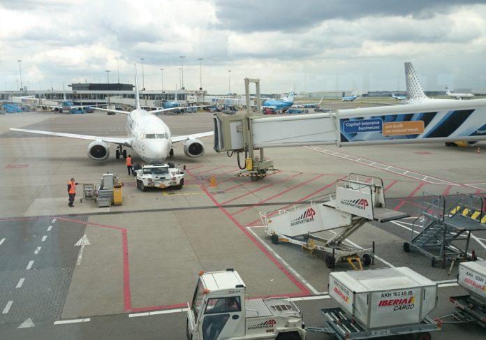 locuri de muncă aeroport