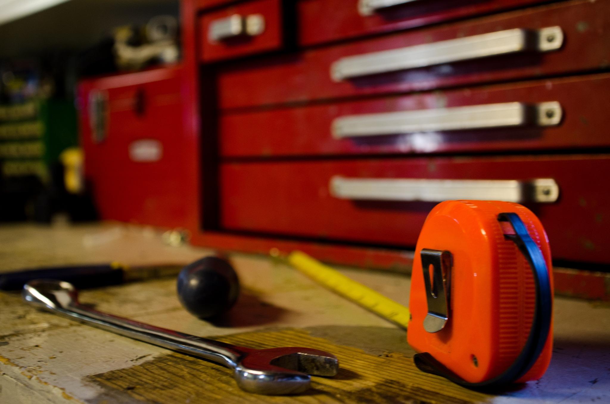 Zece unelte indispensabile oricărei gospodării. Foto: Julien Dumont / Flickr