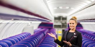 wizz air stewardese