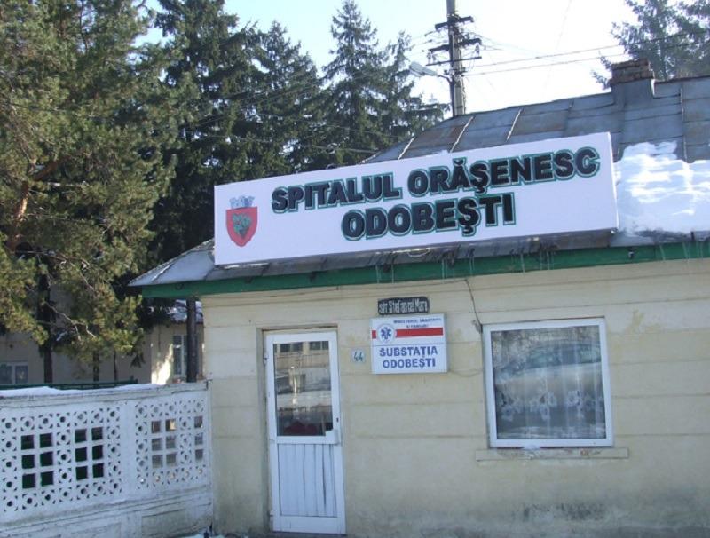 Spitalul Orășenesc Odobești, care deservea peste 30.000 de locuitori ai regiunii, a fost transformat în azil de bătrâni în urmă cu șapte ani. Foto: Monitorul de Vrancea