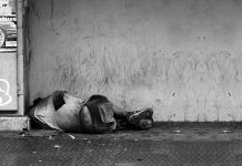 Peste 7 milioane de români trăiesc la limita sărăciei. Foto: eflon / Flickr