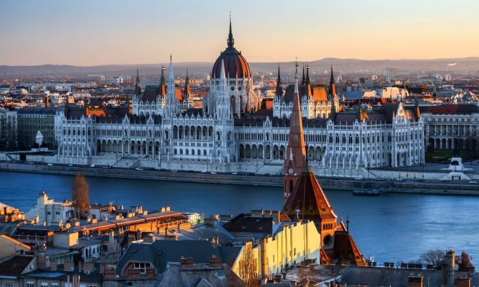 Parlamentul Ungariei. Foto: Jorge Franganillo / Flickr