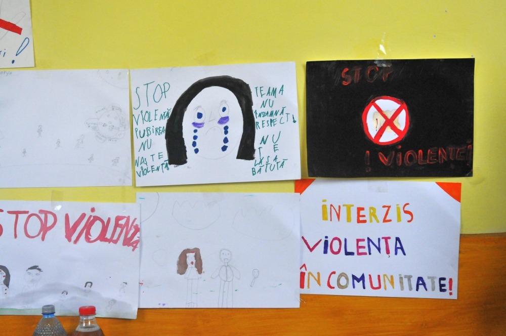 campanie împotriva violenței domestice găujani teatru forum