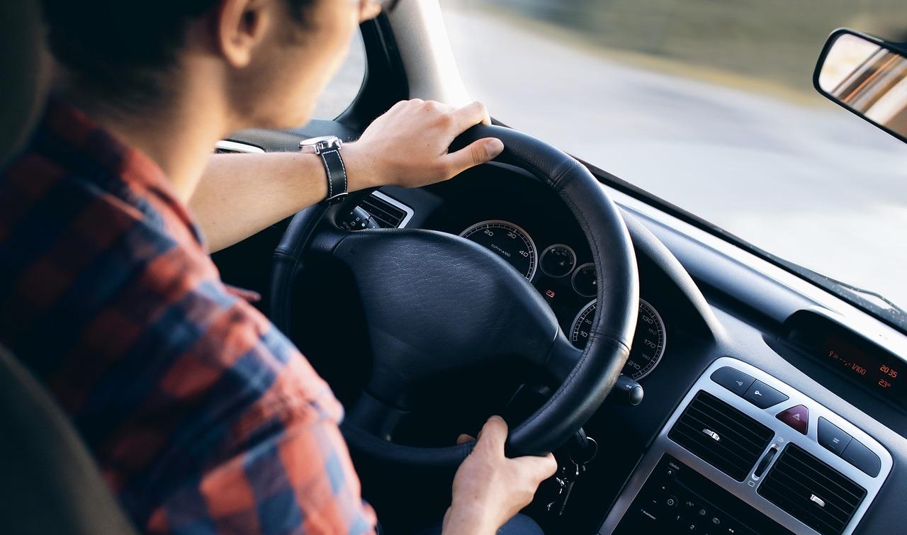 Cum se va calcula taxa auto 2018 FOTO: bobtheskater/Pixabay.com