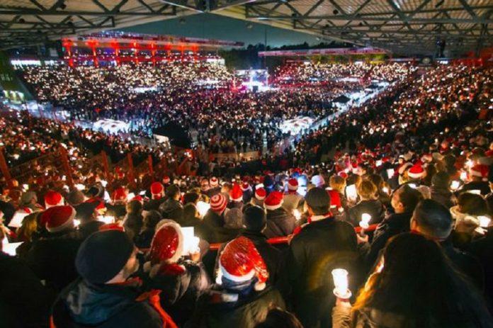 Colinde de Crăciun pe un stadion din Berlin. Foto: Union Berlin