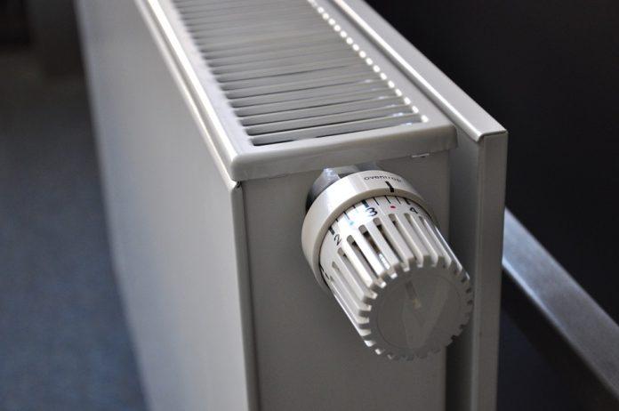 calorifer radiator când dă radet căldură