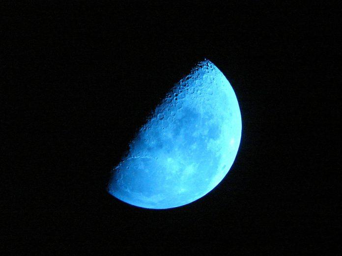 """Super Luna """"albastră sângerie"""". Foto: Pixabay"""