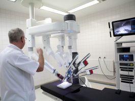 Așa arată robotul chirurgical din Timișoara. Foto: Televiziunea Medicală