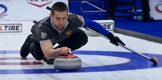 Rusul Aleksandr Kruşelniţki, medaliat cu bronz în concursul curling la dublu mixt în cadrul Jocurilor Olimpice de iarnă 2018. Foto: Captură Youtube