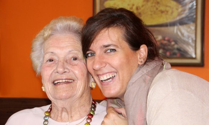 îngrijire bătrâni oferte joburi străinătate locuri de muncă îngrijire bătrâni