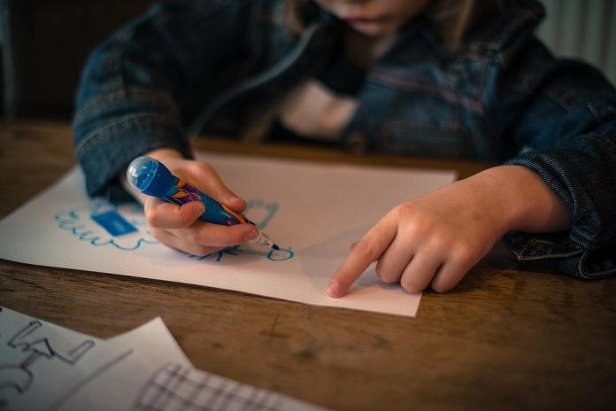 Copiii francezi vor începe școala la 3 ani. Foto: Pixabay