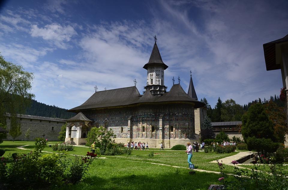 5 destinații pentru un Paște tradițional în România