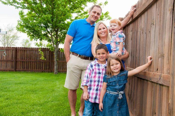 familie fericită