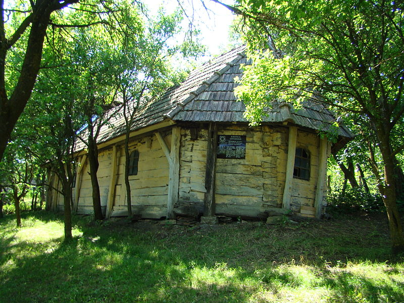 Biserica din lemn din Bobohalma FOTO: Țetcu Mircea Rareș/Wikimedia Commons