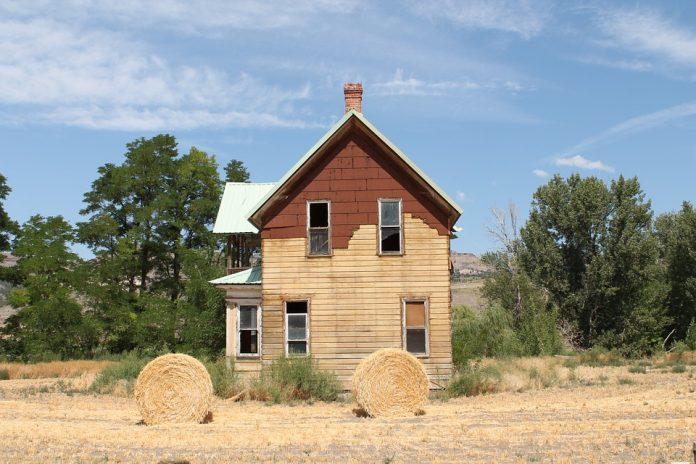 casa din baloți de paie