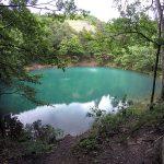 cele mai frumoase lacuri din romania lacul albastru