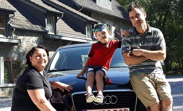 mașină român belgia mesaj jos psd