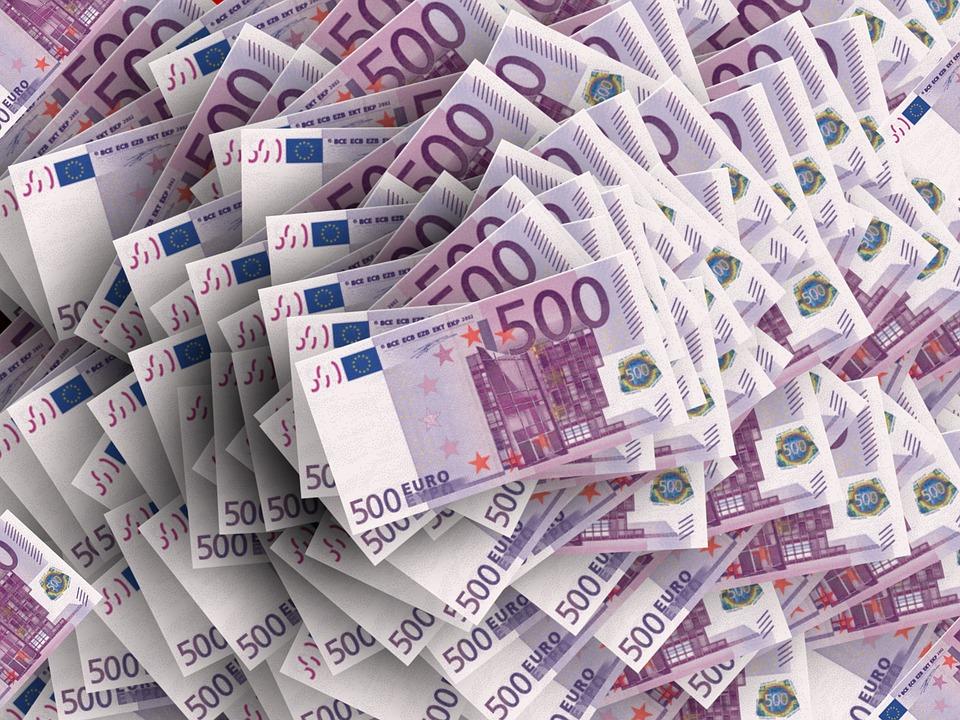 bacșiș bani euro