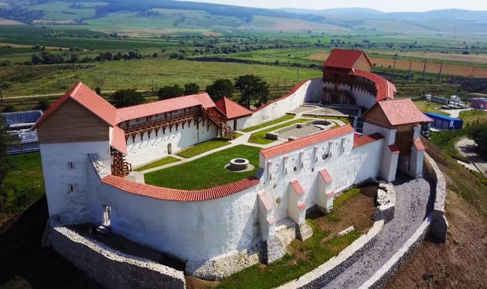 Cetatea Feldioara FOTO: Radu Pescaru - FOTON/Youtube/
