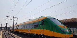 Cel mai rapid tren din România FOTO: Trenuri Trans Carpatic/Facebook