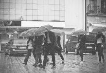 ploi ploaie vreme rea cod