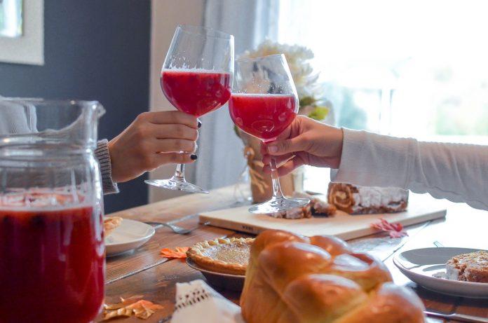 cum asociem băutura cu mâncarea