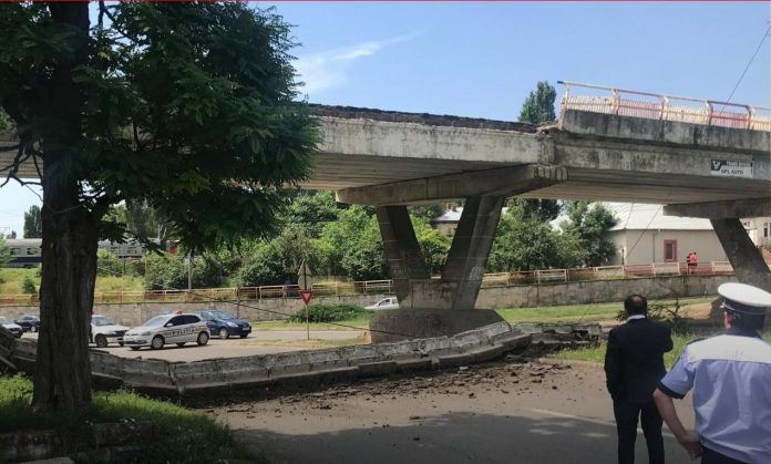 pod rutier prăbușit buzău