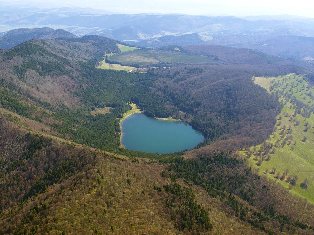 Lacul Sfânta Ana / Munții Ciomatu