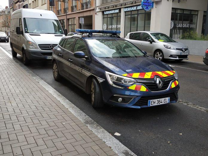 mașină jandarmeria franceză