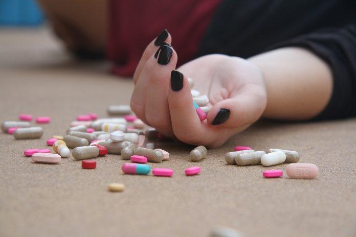 sinucidere pastile