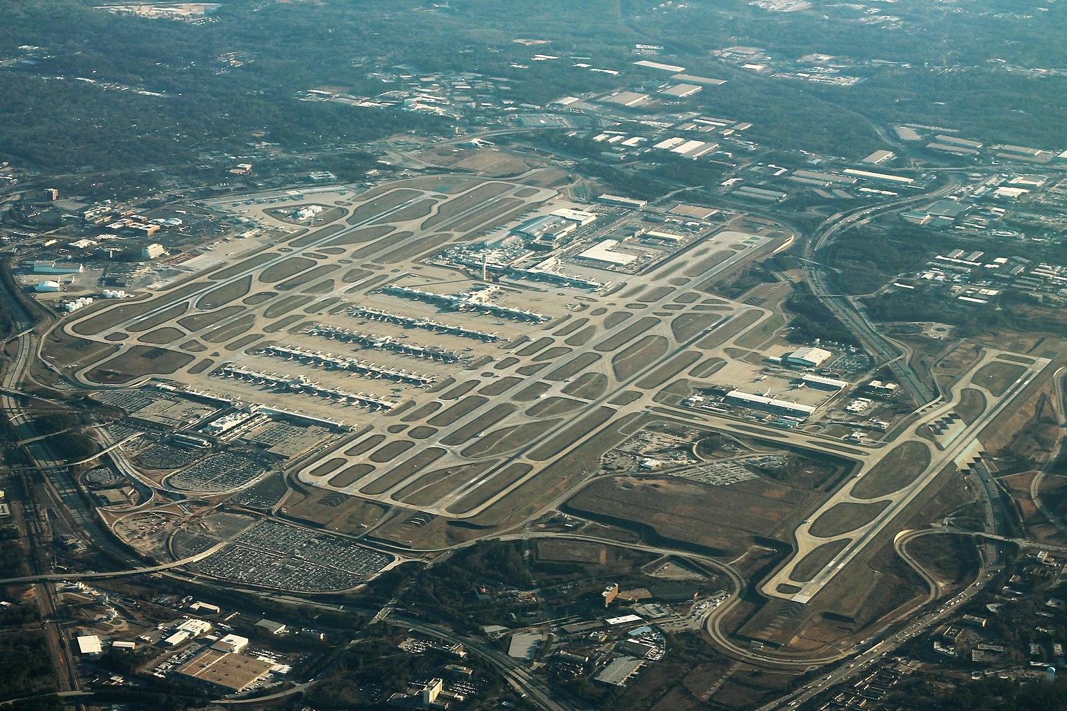 cel mai mare aeroport din lume atlanta