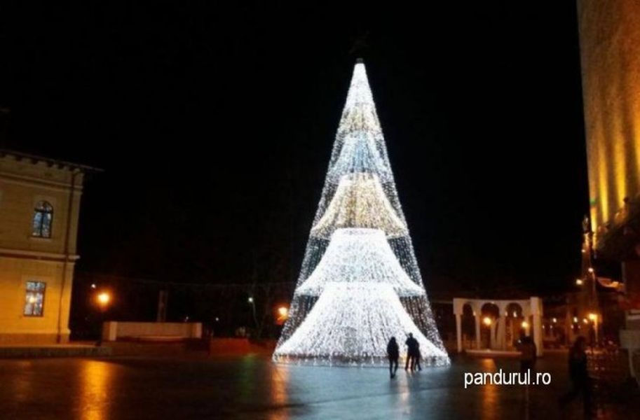 FOTO: Pandurul.ro