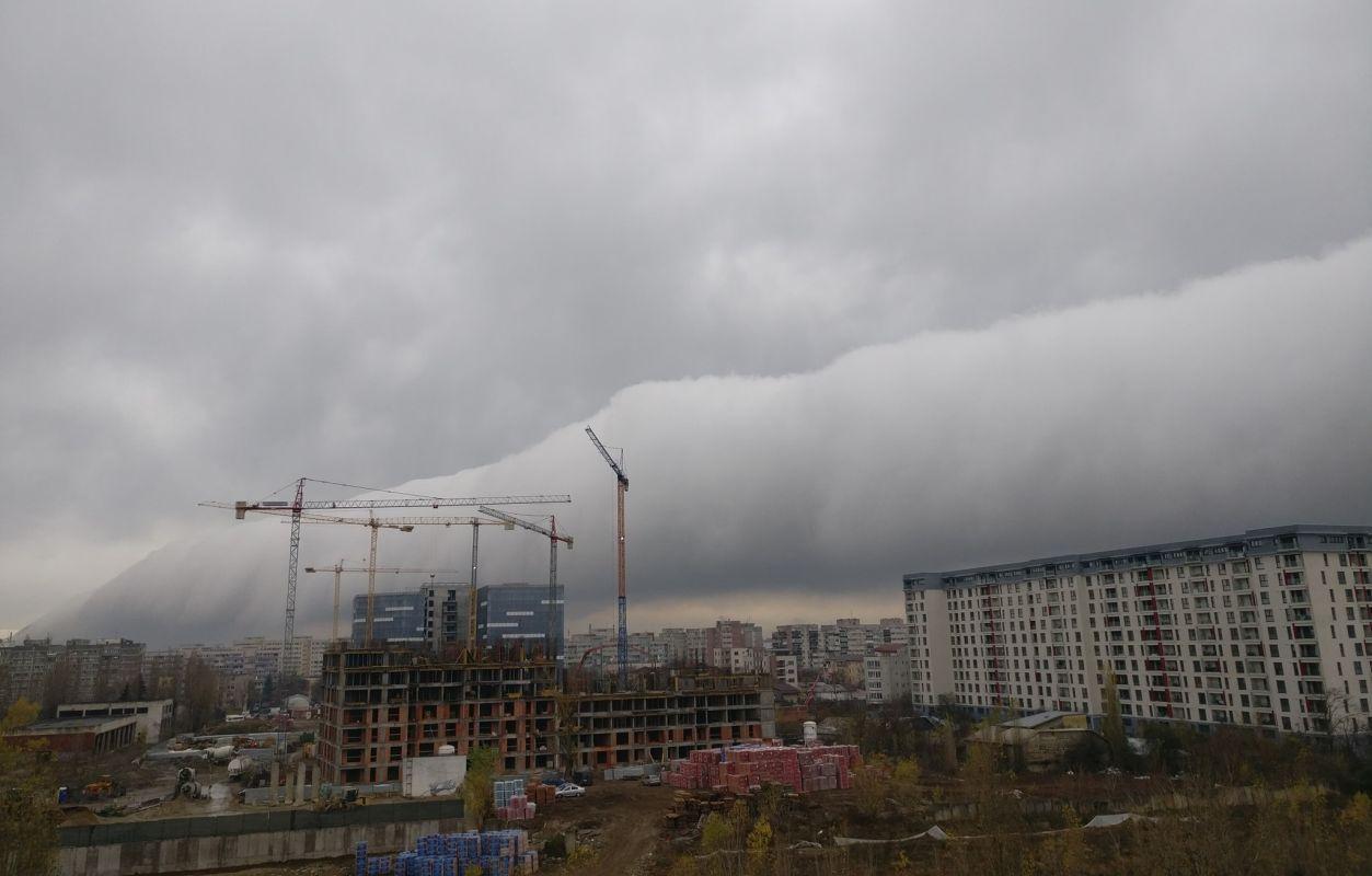 """FOTO: Facebook/Grupul """"Furtuni în România"""