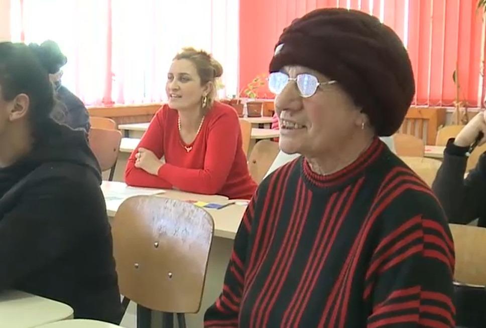 anica gogeanu elevă 58 de ani