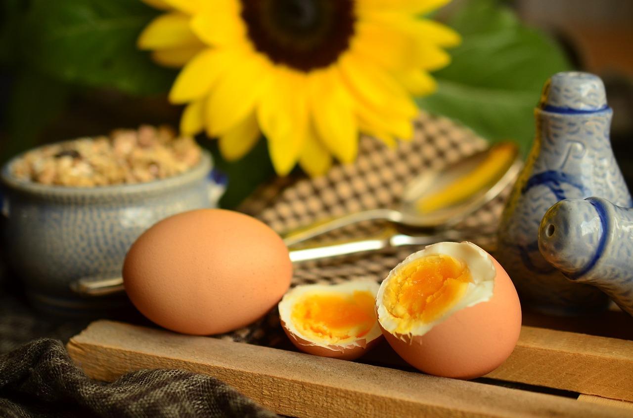 câte calorii are un ou fiert tare