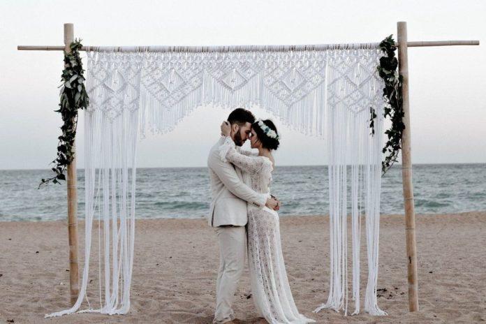 căsătorie civilă în aer liber