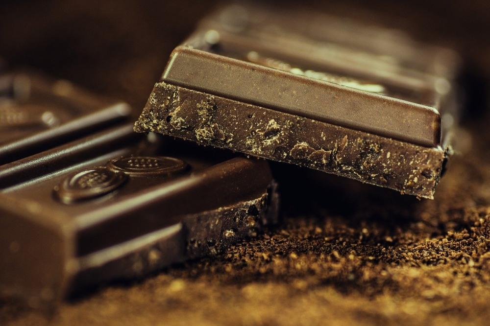 câte calorii are ciocolata
