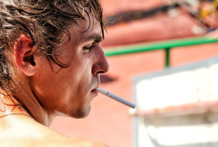 țigară fumat