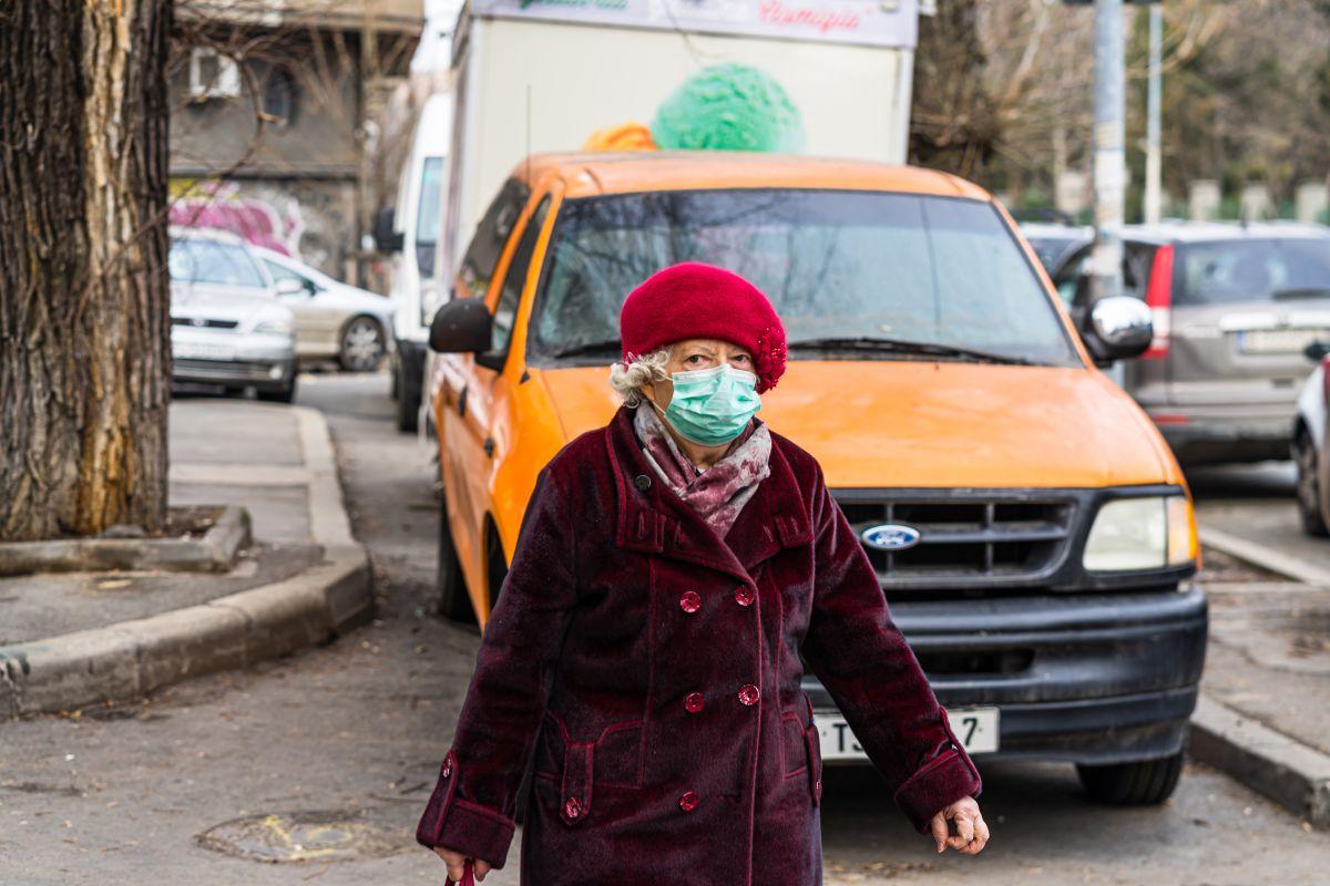 poluare aer bătrână
