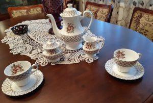 serviciu cești de ceai