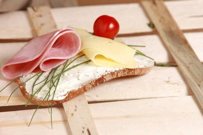 brânza topită calorii