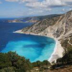 cele mai frumoase insule din grecia kefalonia plaja myrtos