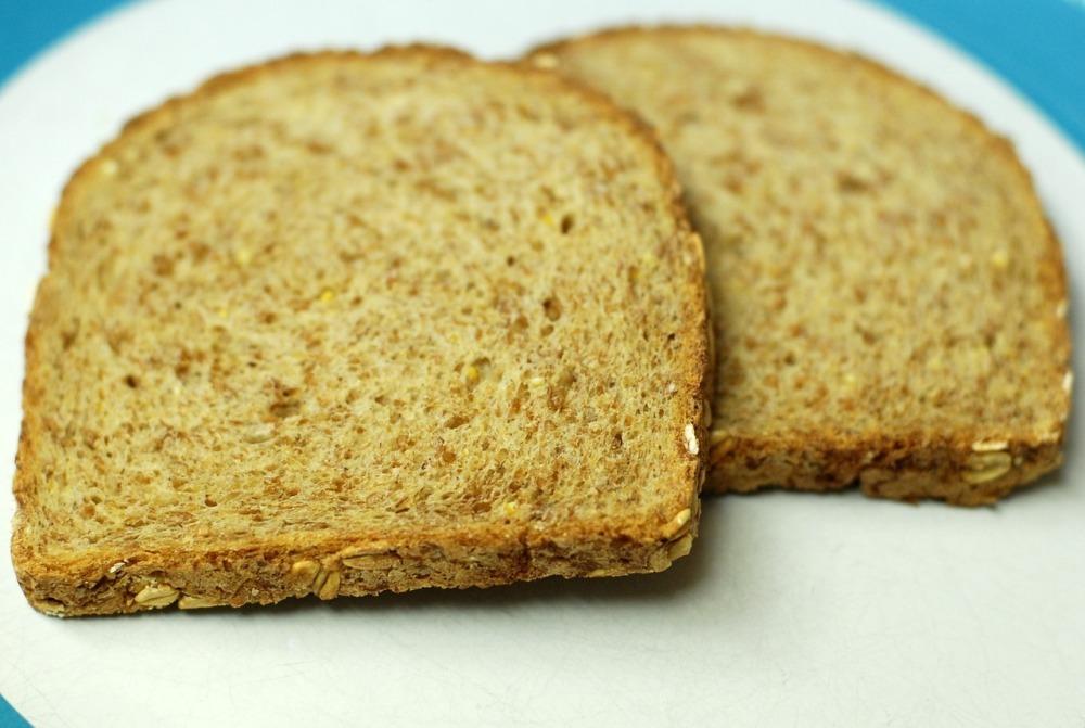 câte calorii are o felie de pâine graham