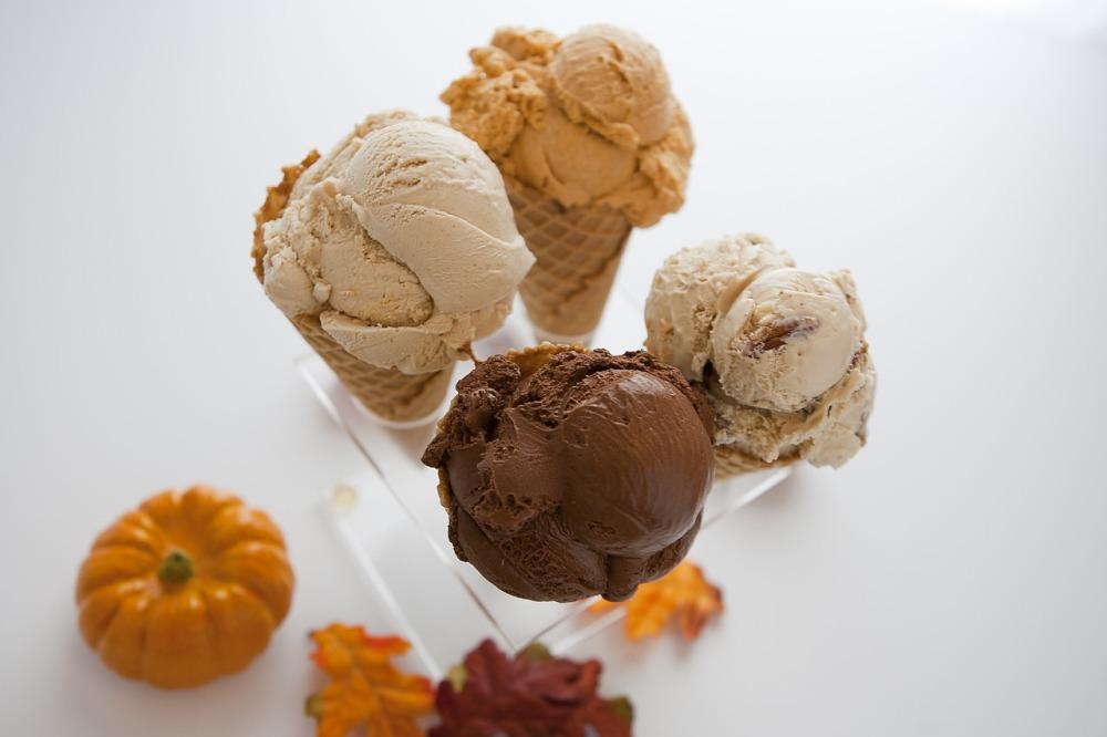câte calorii are o înghețată la cornet